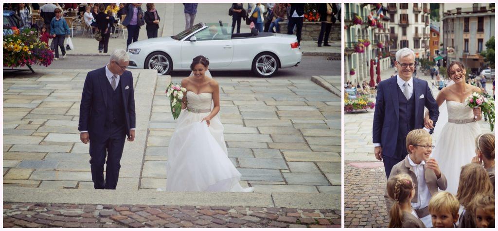 arrivée de la mariée sur le parvis de l'église de chamonix