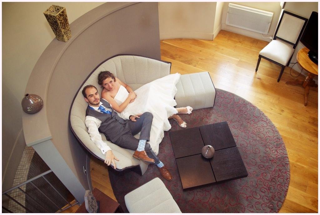 photographe mariage photos de couple chateau de candie chambre de la tour - Chateau De Candie Mariage