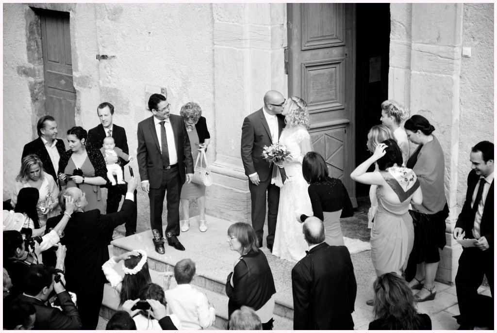 photographe mariage beaujolais cérémonie mariage sortie église