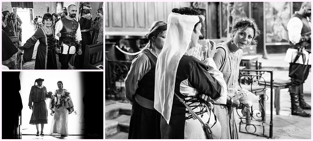 entree des maries mariage en costume photographe mariage medieval nozeroy photographe aurelie allanic