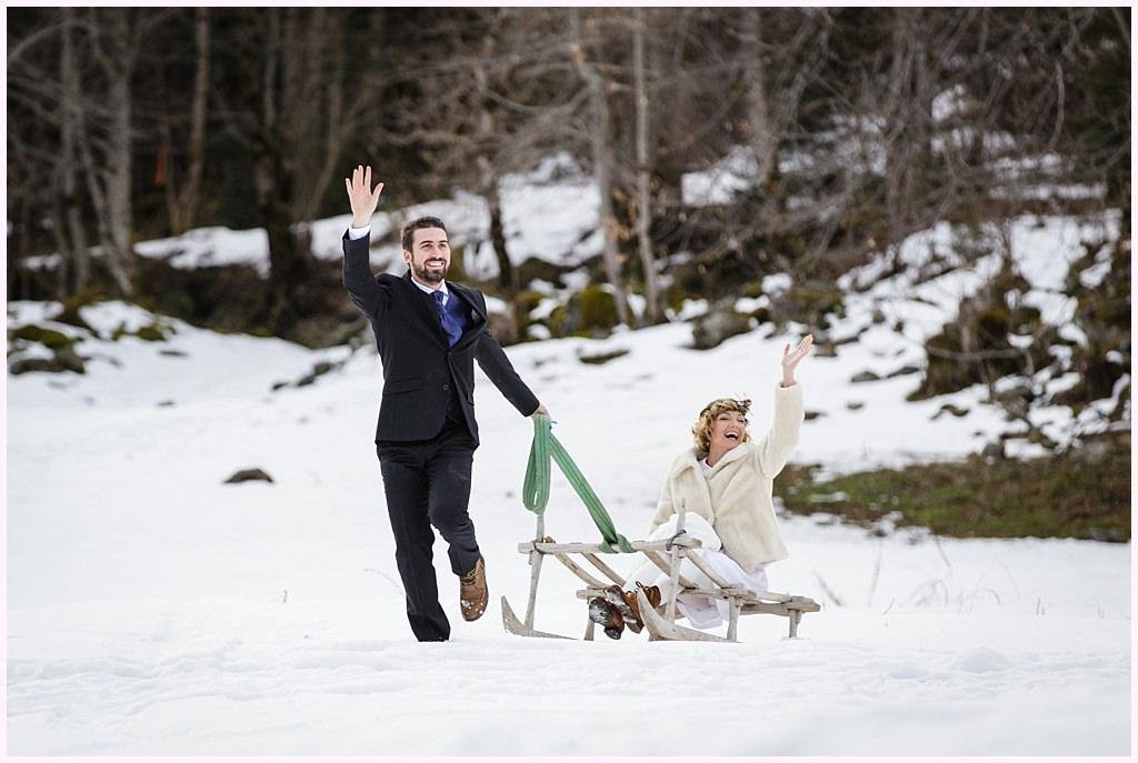 photo couple mariage hiver neige près de grenoble