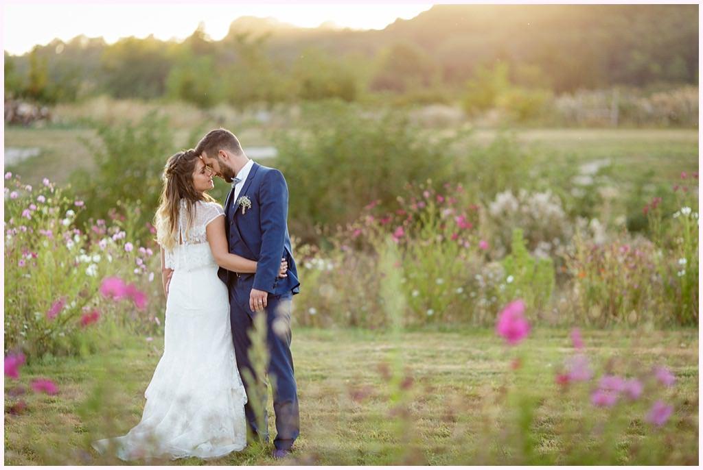 photographe mariage photos couple bohème chic coucher soleil